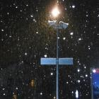 2.1.: Schneefall im Blitzlicht