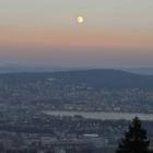 12.12.: Mondaufgang, von Uto-Kulm aus
