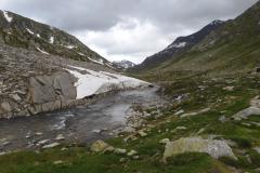 Blick zurück im Val Cadlimo
