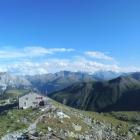 11.8.: Panorama mit Hütte
