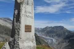 19.8.: Belalp, Tyndall-Denkmal mit Aletschgletscher