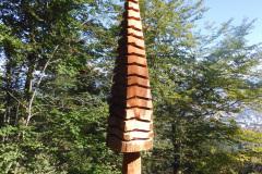 4.9.: Dekoration an Steg des Linderweges am Uetliberg